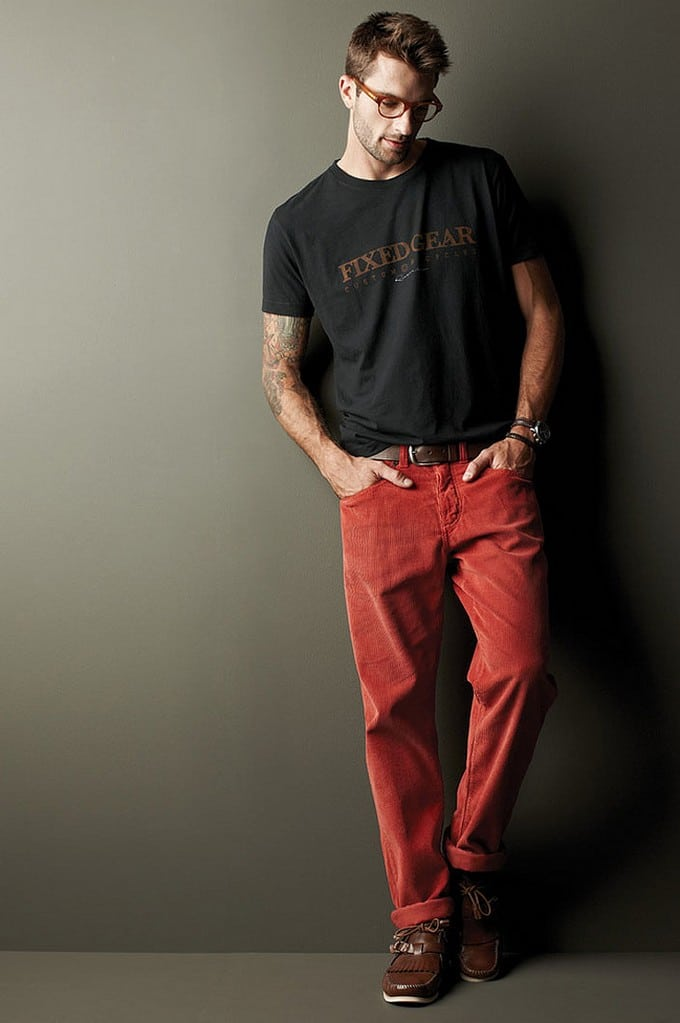 calça vermelha masculina 10