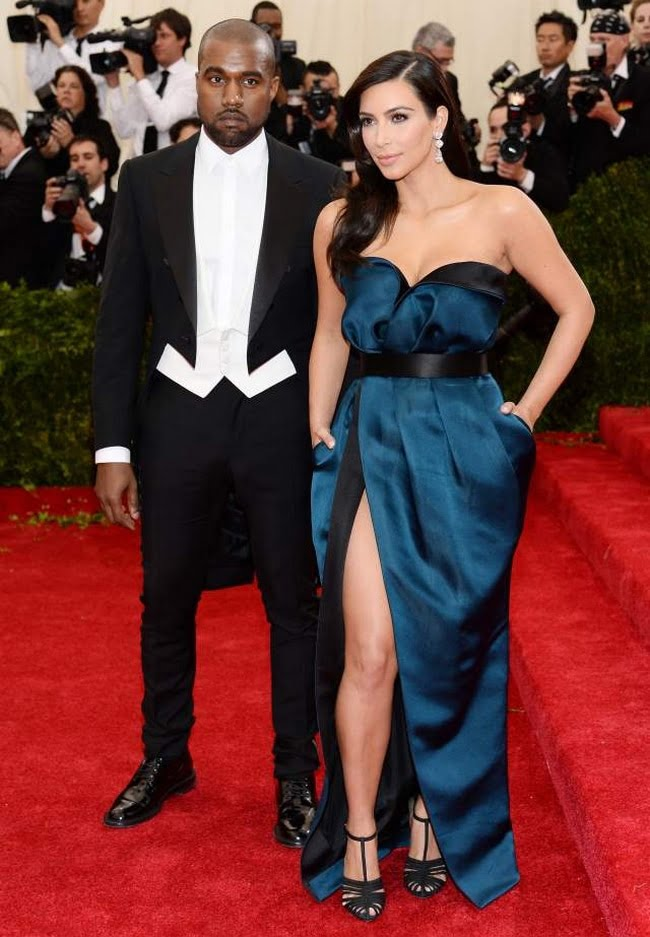 Red Carpet  Kanye West Masculino Met Gala - HQSC