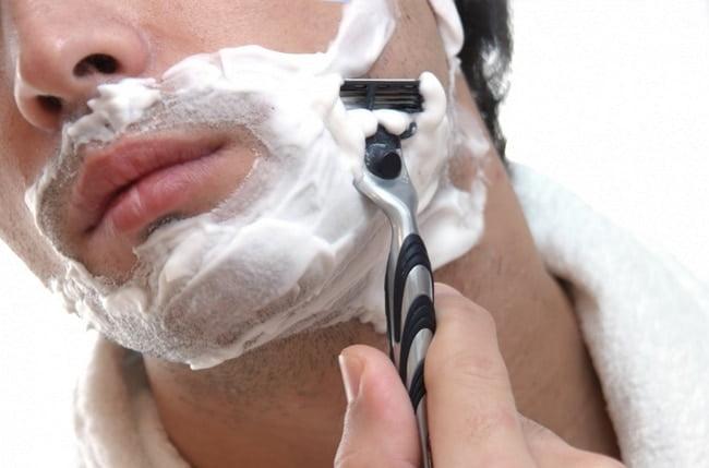 Diferença entre espuma e gel de barbear HQSC 2