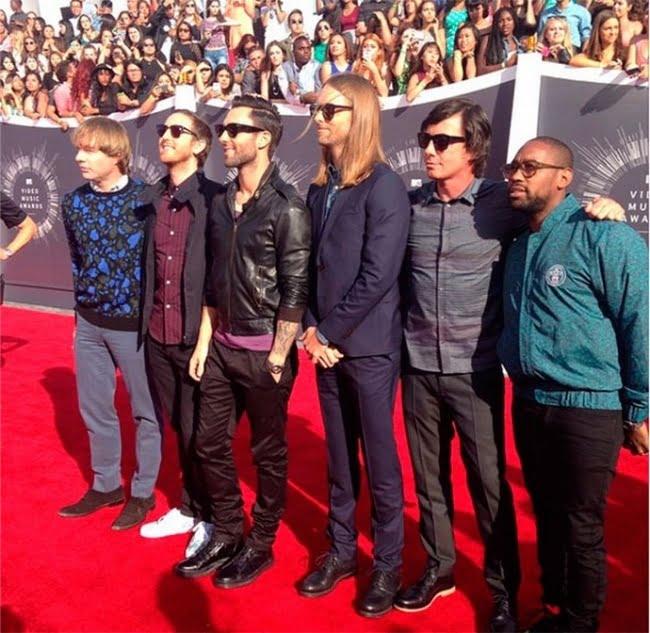 Looks Masculinos do VMA 2014 Maroon 5
