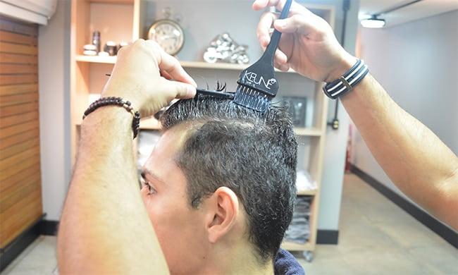Como alisar o cabelo masculino HQSC 2 Aplicação do produto