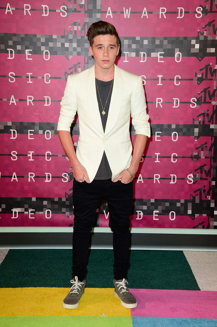 Looks Masculinos do VMA Homens que se cuidam Brooklyn beckham