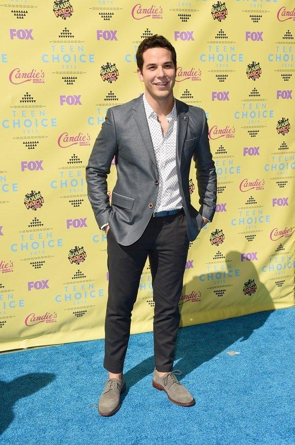 Teen Choice Awards Homens que se cuidam Skylar Astin