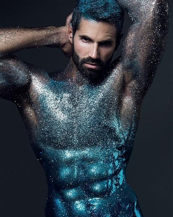 Aposte no glitter para fantasia masculina nesse carnaval homens que se cuidam 4