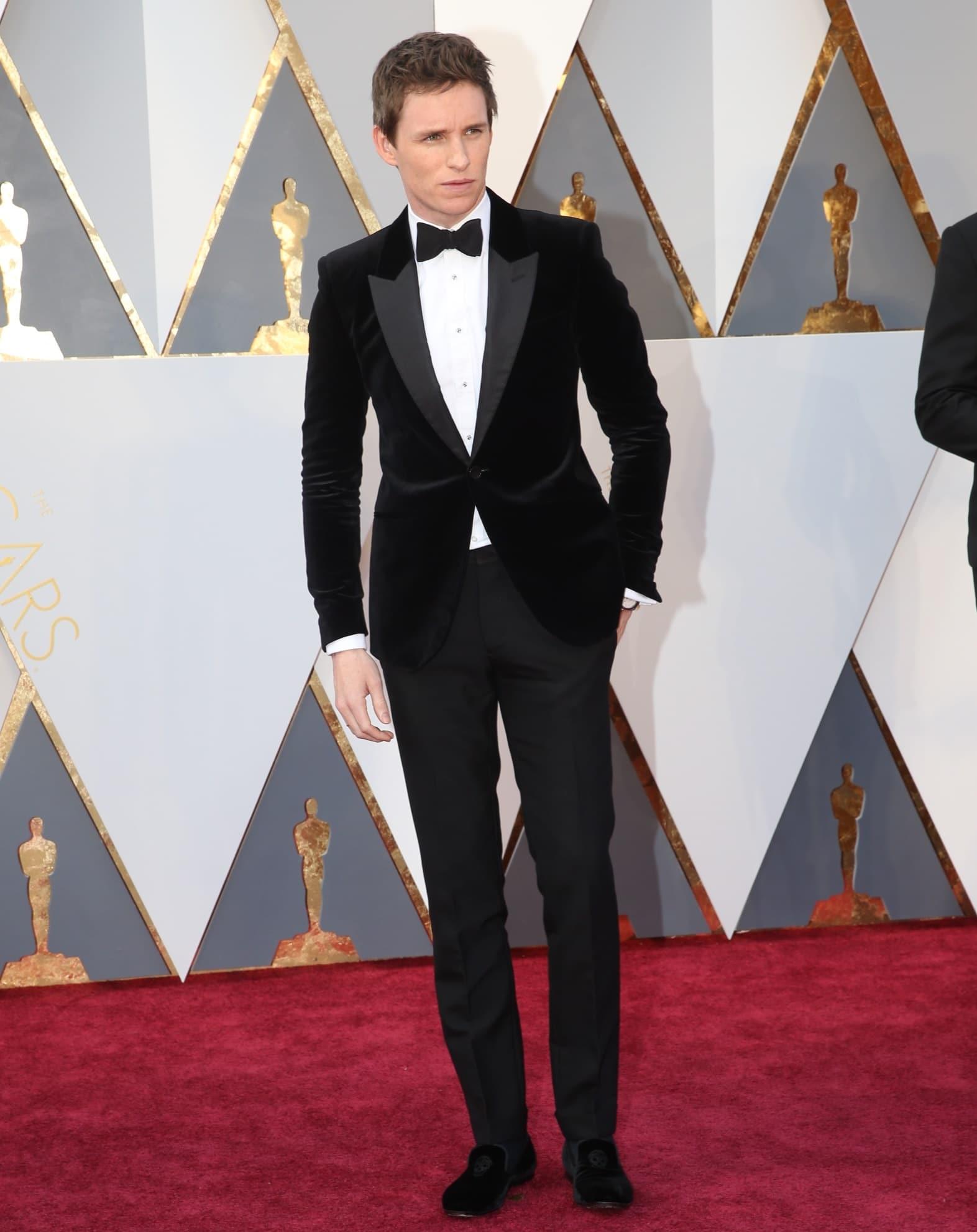 Eddie Redmayne Looks Masculinos do Oscar 2016 Homens que se cuidam