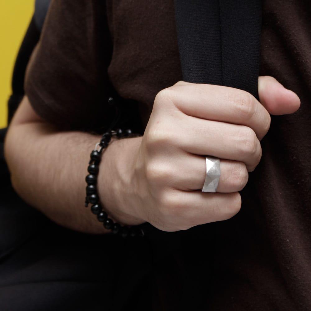 5 aneis masculinos homens que se cuidam