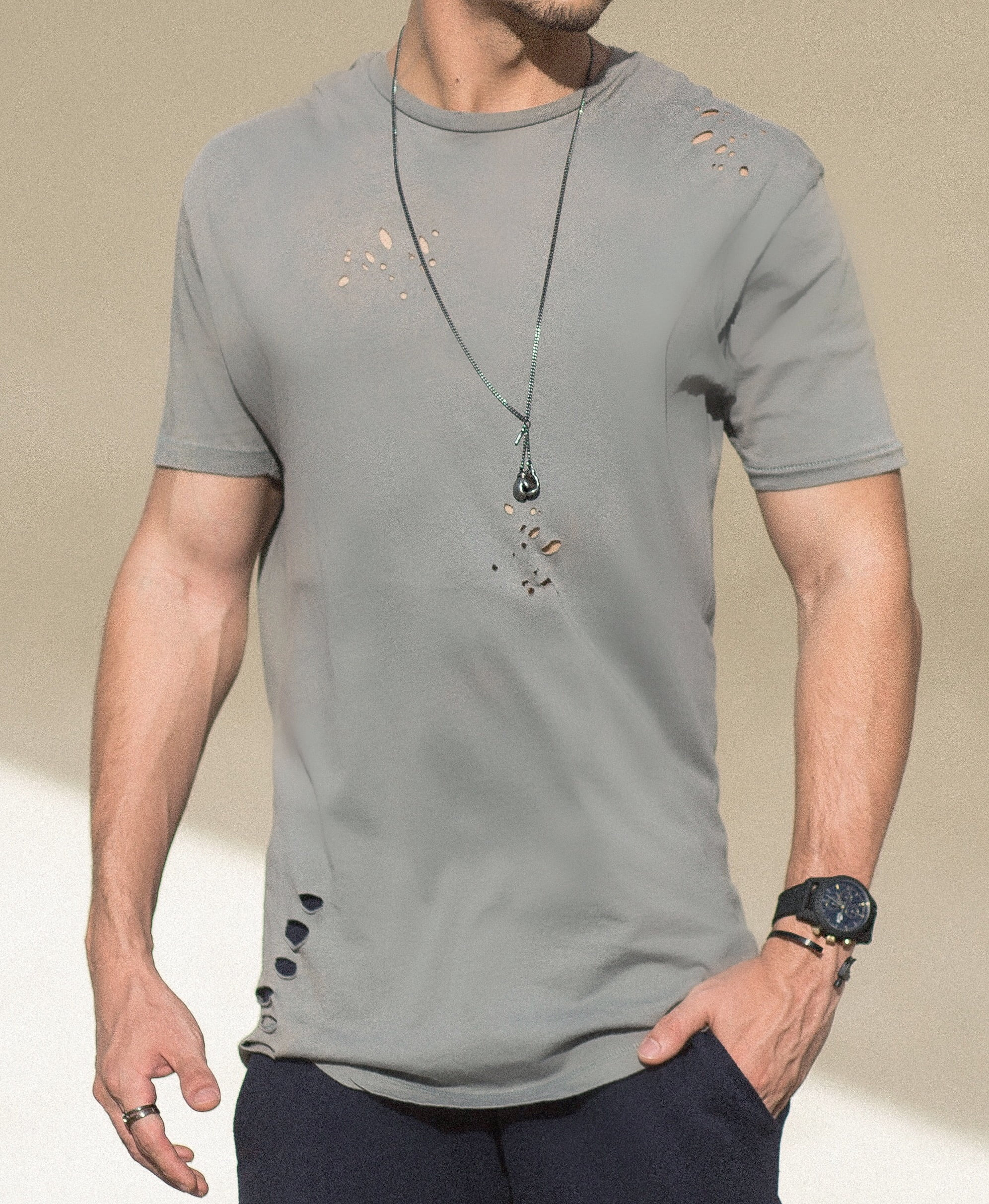 estilo-hqsc-jogger-e-camiseta-destroyed-juan-alves-b