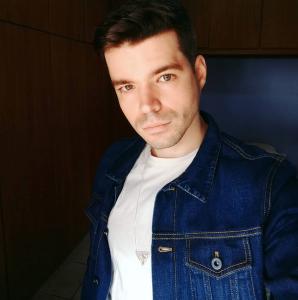 Lucas Brandão do Pratique Beleza