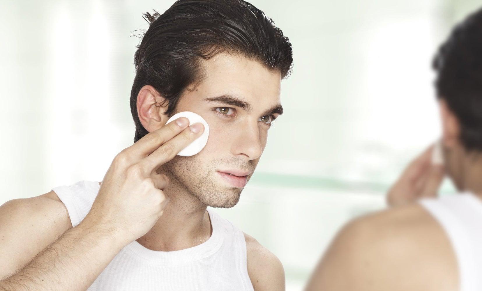 rotina de cuidados com a pele masculina homens que se cuidam por juan alves c