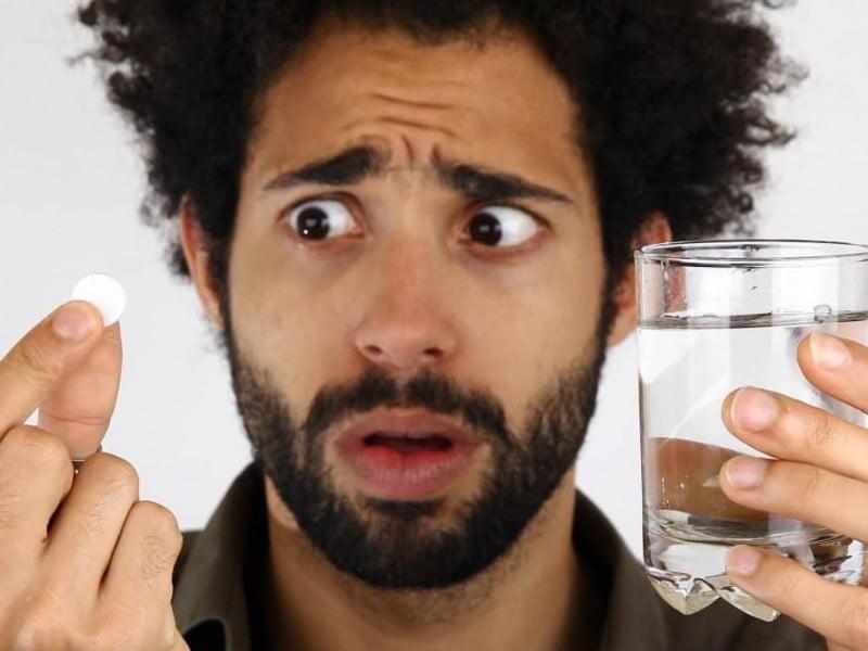 Tem Na Web - FINASTERIDA E EFEITOS COLATERAIS: Será que dá ruim?