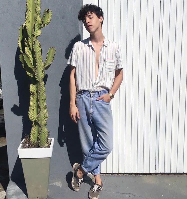 Resultado de imagem para anos 90 moda masculina 2020