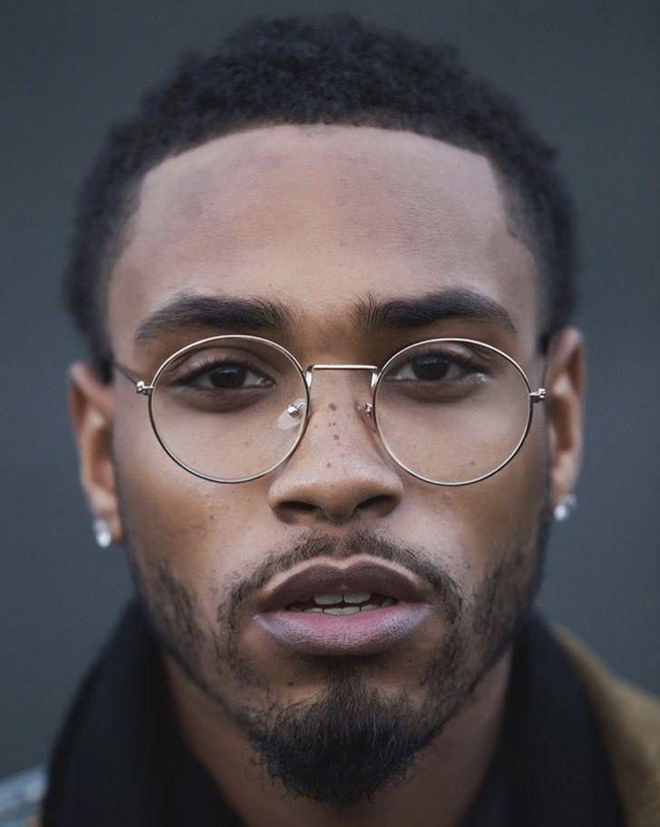 oculos em harmonia com o rosto
