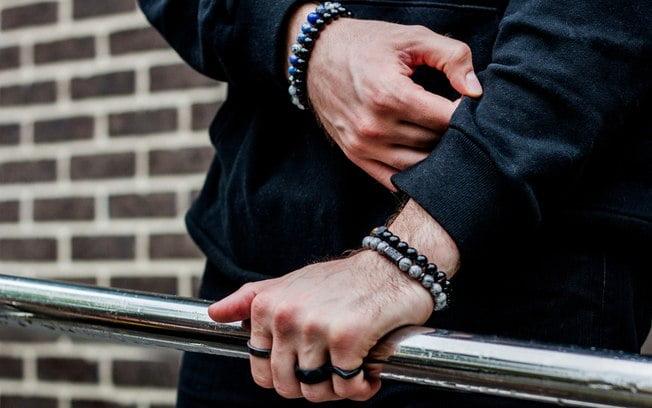pulseira estilosa