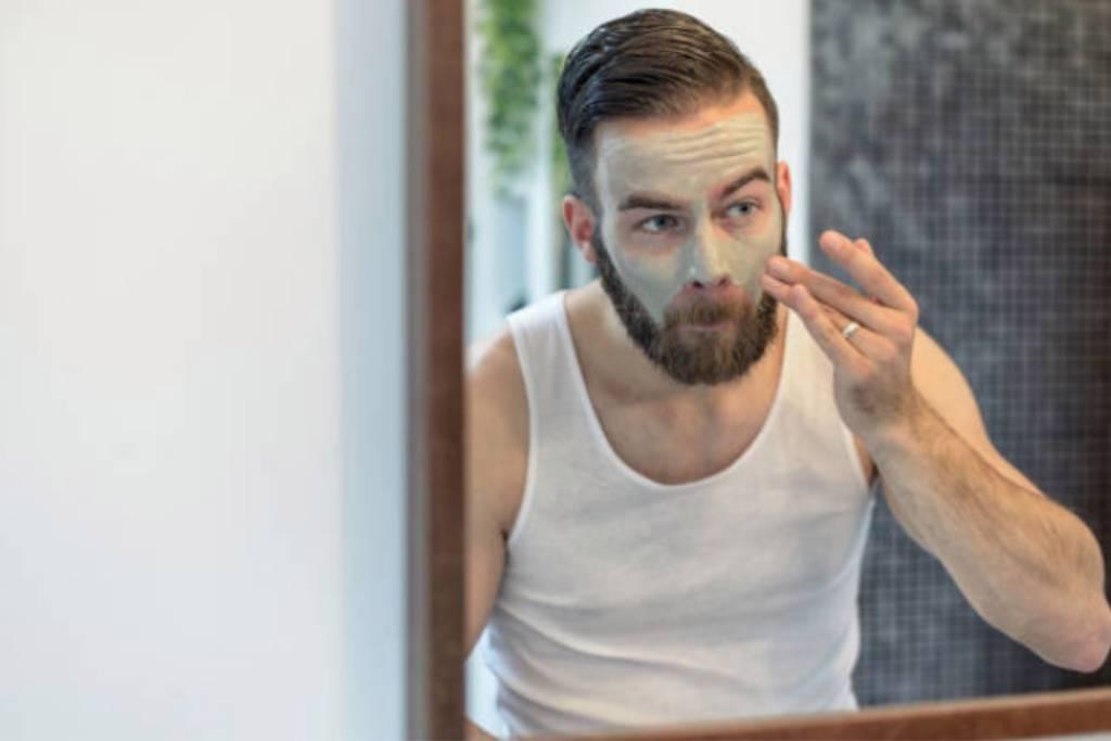 Esfoliação pele masculina
