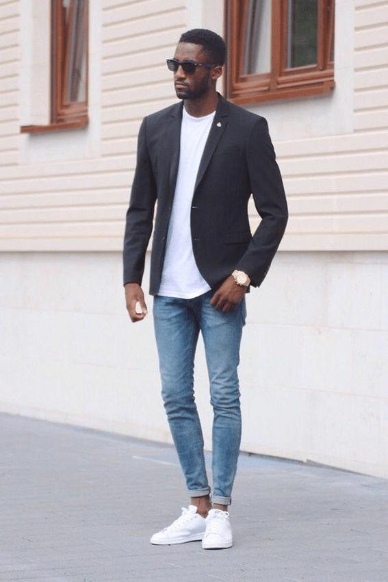 calça jeans com tênis branco masculino