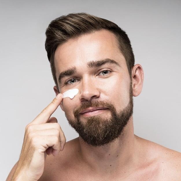 Niacinamida para pele masculina