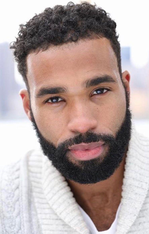 Barba bem preenchida