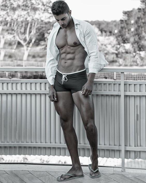 sungas estilosas - modelo short preto e branco